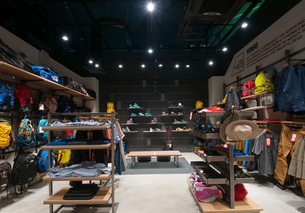 7f6e5c46b Retail store lighting: The North Face shop