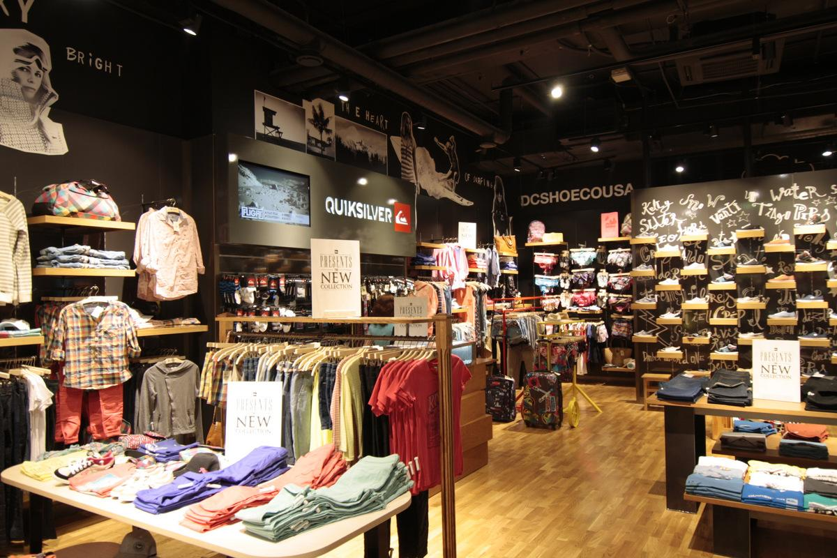 Retail shop lighting project for Quiksilver store