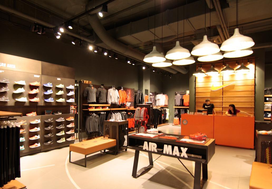 faf3c602f3eb Nike store lighting project